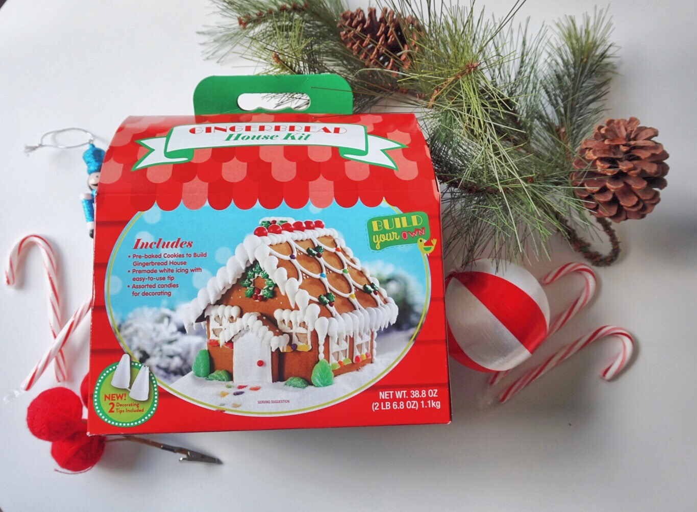 Gingerbread house Christmas tradition