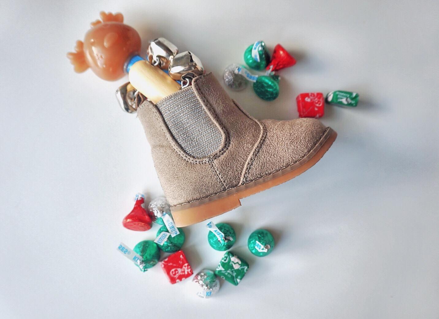 St Nicholas day shoe Christmas traditon